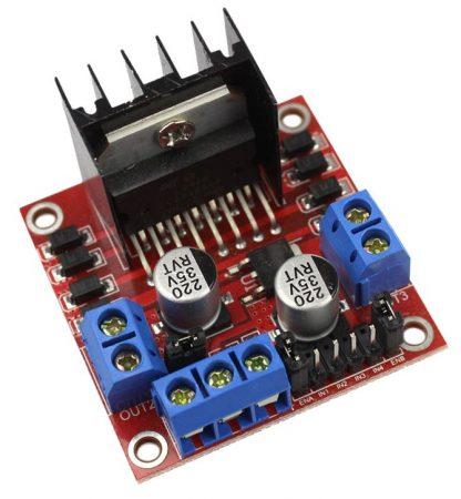 Конструктор робототехника. Arduino робот. Машинка на Ардуино робот.
